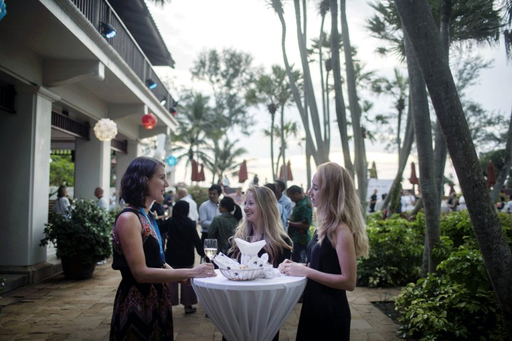 Sunset cocktail: PHIST 2018 was held in the JW Marriott, located on Mai Khao Beach.