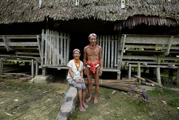 'Mugejeg' exhibition showcases photos of Mentawai in augmented reality