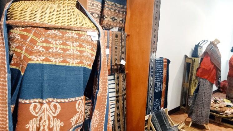Peradaban tekstil:  Tekstil peradaban: Tradisi tenun (tenun) berakar pada identitas dan peran dalam masyarakat. (The Jakarta Post / Josa Lukman)