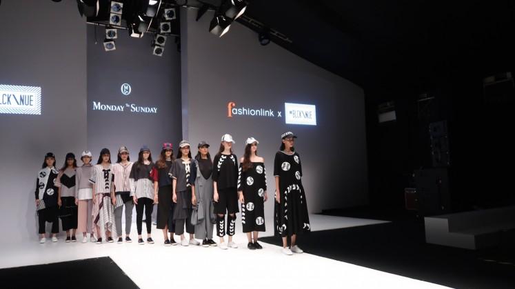 Jakarta Fashion Week showcases aboriginal designs, various collaborations