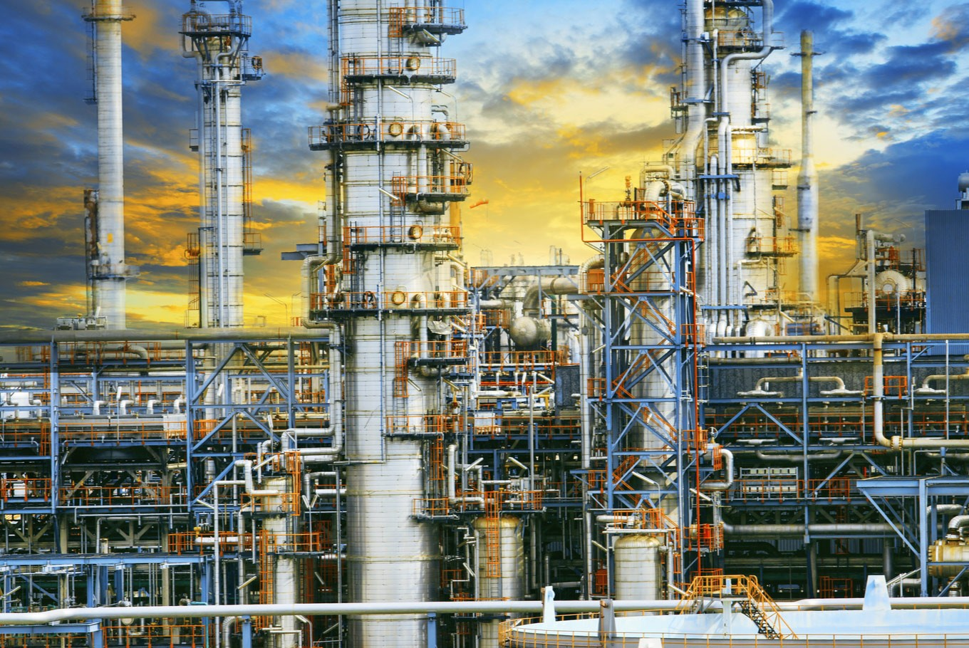 Oman partners with local firms for refinery project