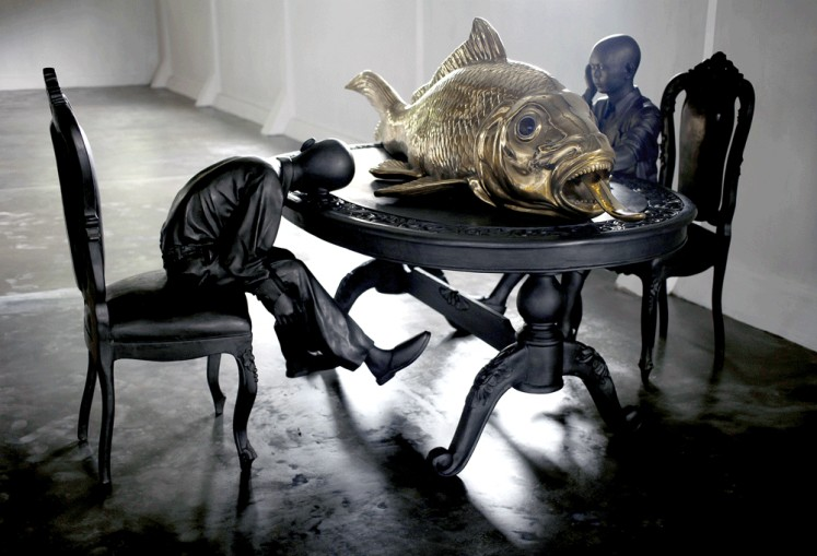 Gold Fish Inheritance by Entang Wiharso (Table Tourism)