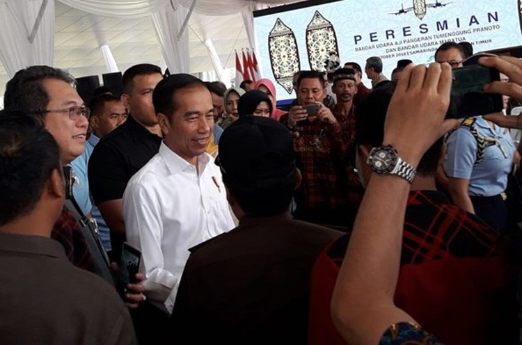 Jokowi opens two airports in East Kalimantan