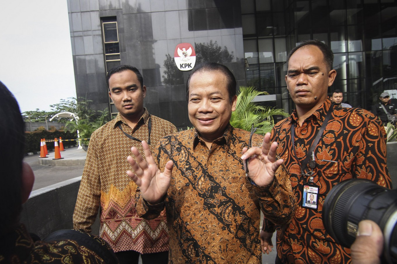 Indonesian House deputy speaker accepted Rp 4.8 billion in bribes: Prosecutor