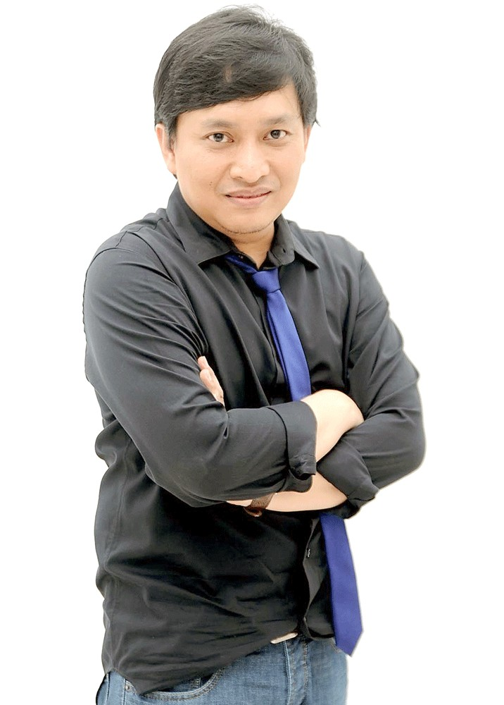 Music and lyrics: Most of Yovie Widianto's songs are inspired by women. Yovie says that women, including his mother, play an important role in his life. His mother was the first person who believed in his musical career.
