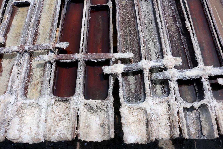 Using bamboo to produce salt is more efficient. JP/Maksum Nur Fauzan