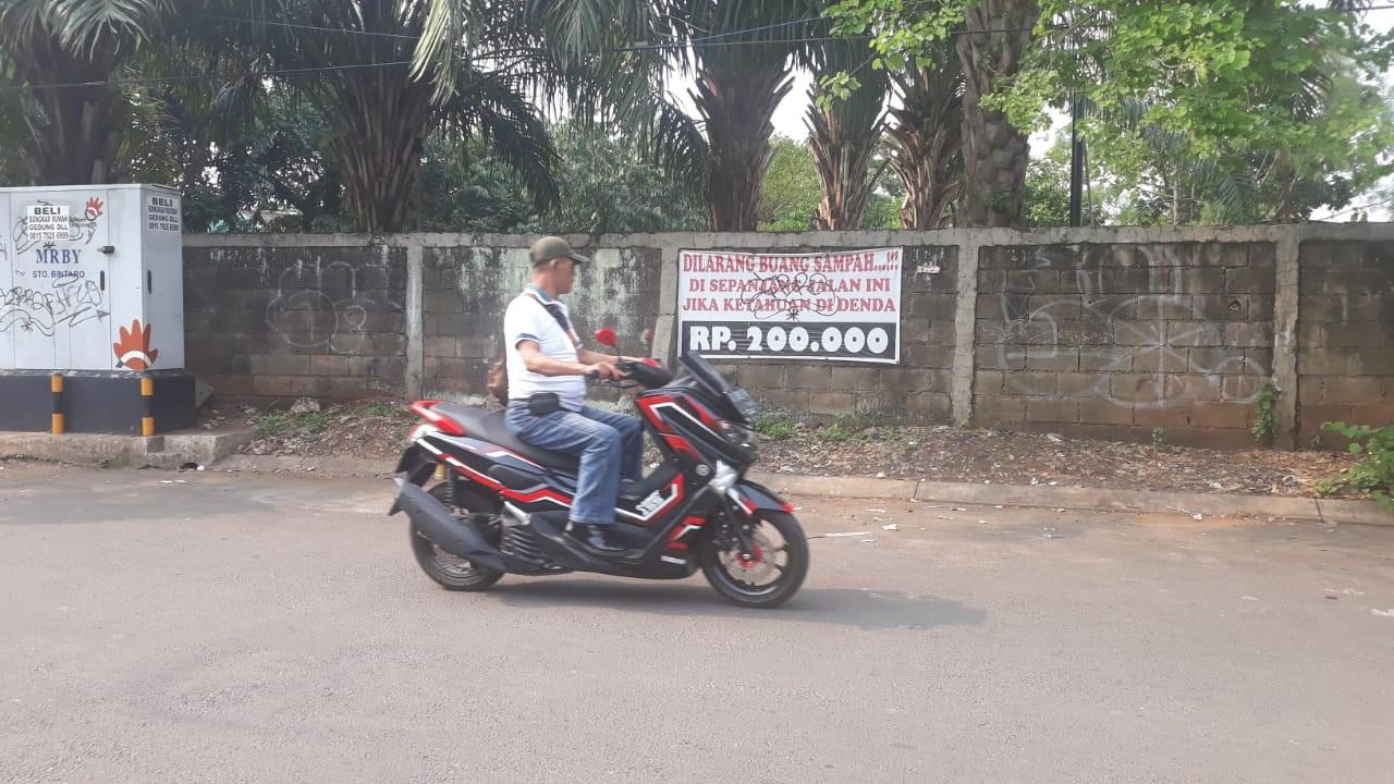 'Those who litter here are monkeys': Greater Jakarta's litterbugs defy threats, warnings