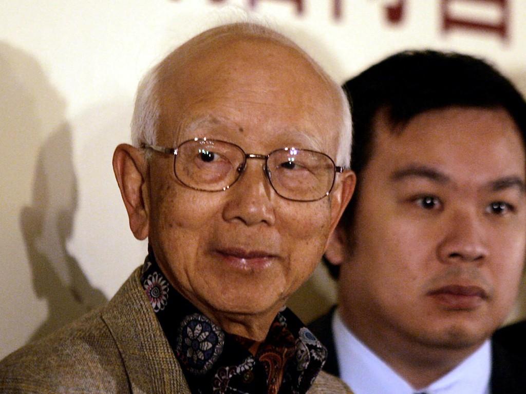 'Godfather' of Hong Kong film, producer behind Bruce Lee, dies