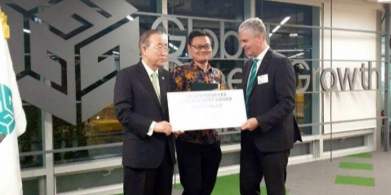 Gadjah Mada University students win main prize in Greenpreneur competition