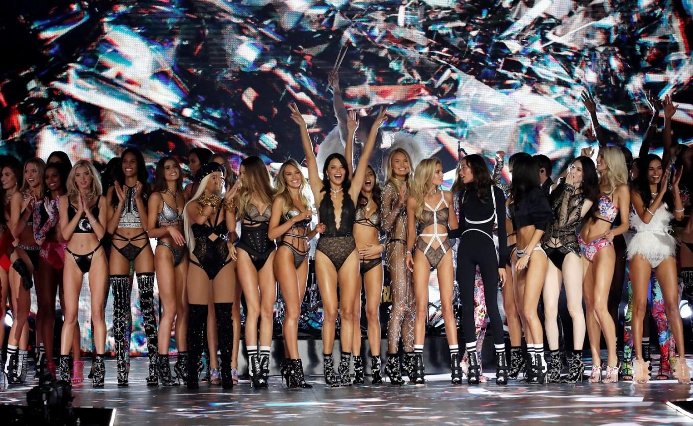 Loving angels, Victoria's Secret extravaganza returns to New York