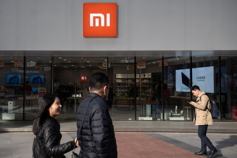 china s xiaomi sells better than iphones in russia online seller