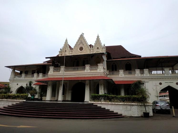 Jakpost guide to Jl. Raden Saleh Raya
