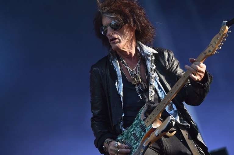 Guitarist Joe Perry recovering after collapsing at New York concert