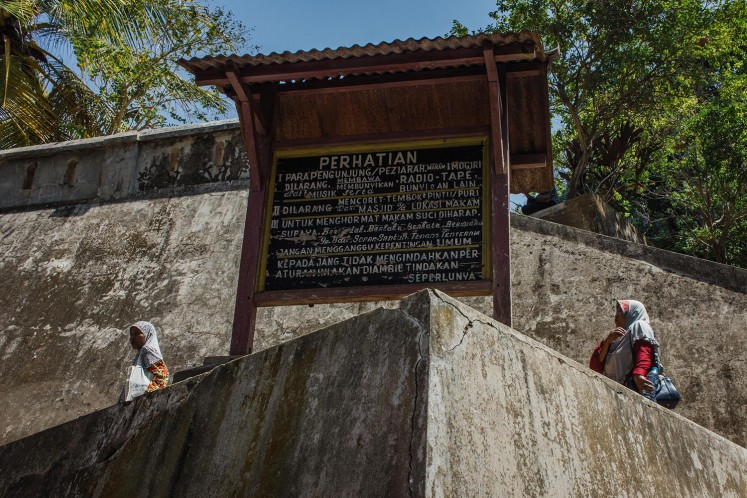 Sacred water from tomb of Mataram's kings