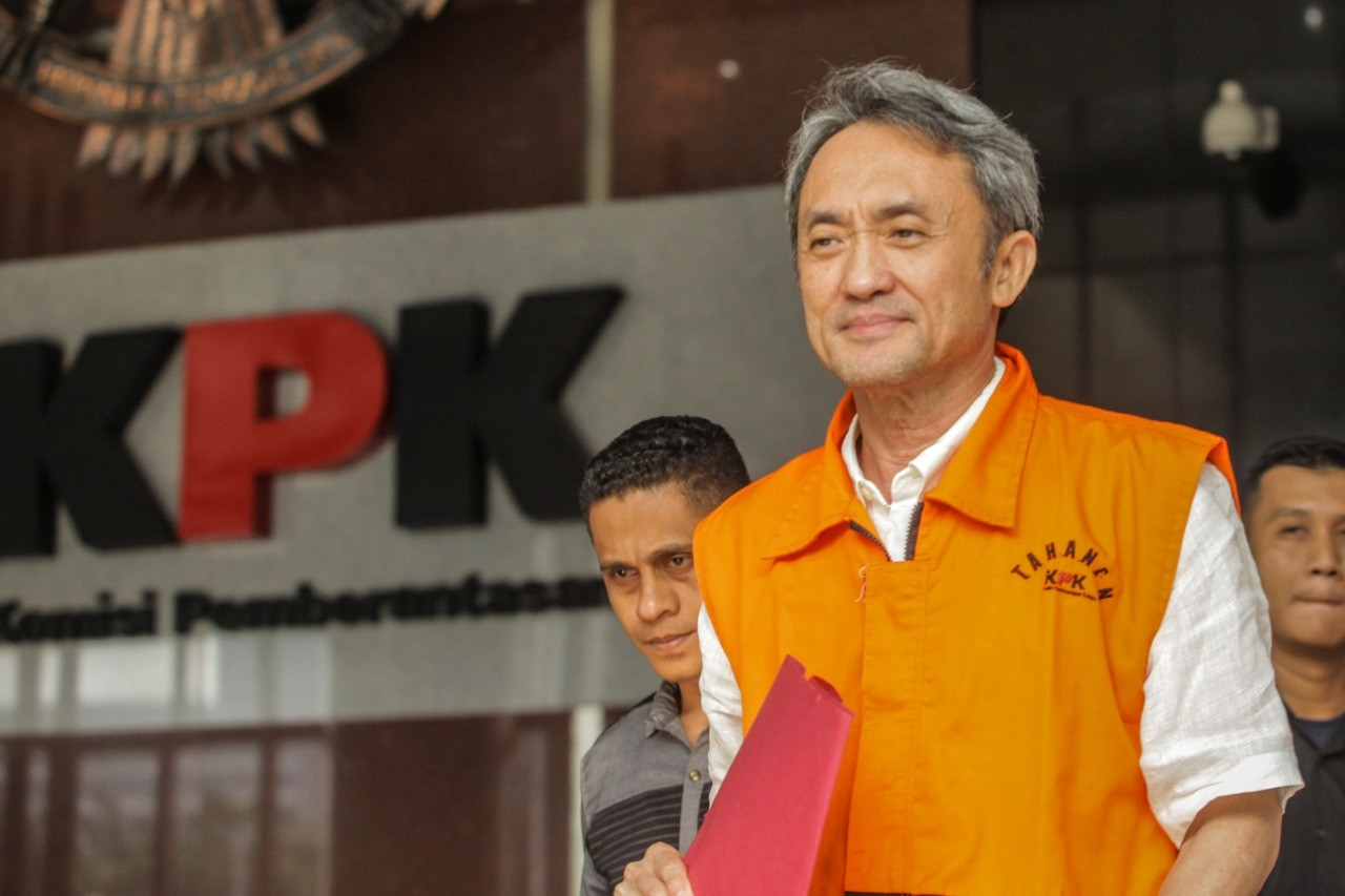 KPK to question police officers in ex-Lippo executive's bribery case
