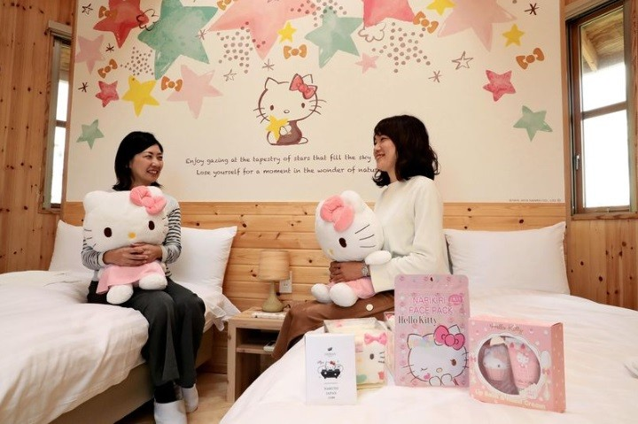 Hello Kitty-themed cottage set to open