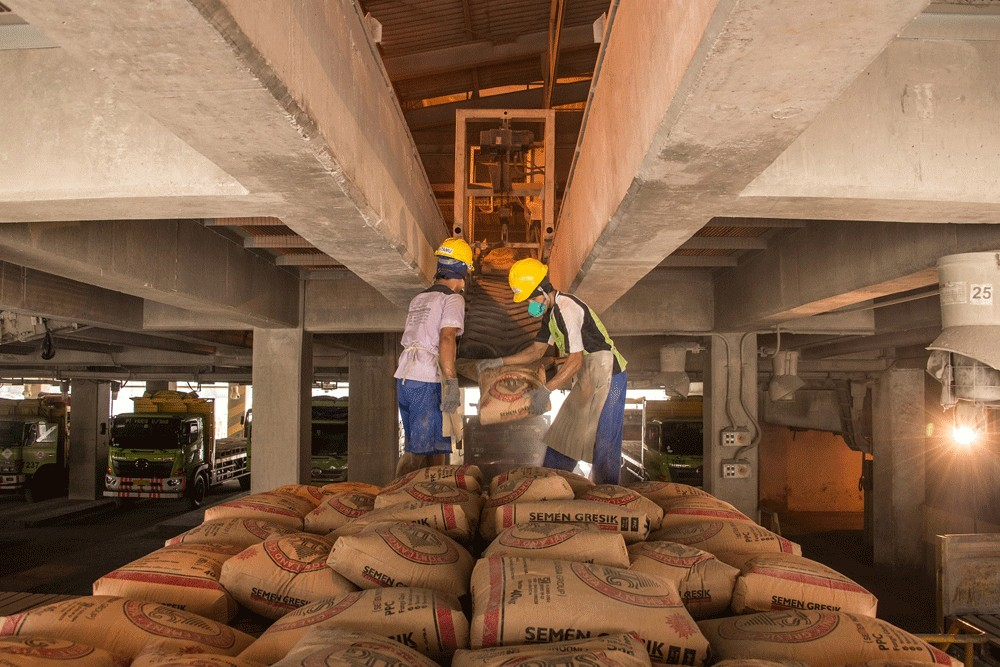 Cement players eye flat sales growth, seek consolidation