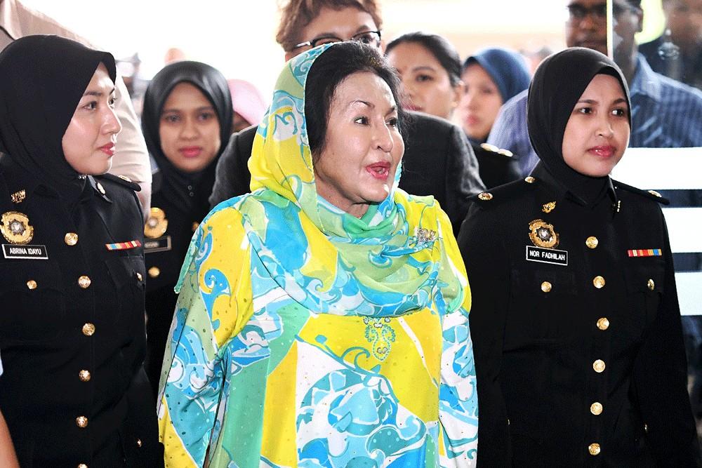 Ex-Malaysian PM Najib 'Pivotal' in Theft of 1MDB Millions, Prosecutor Says