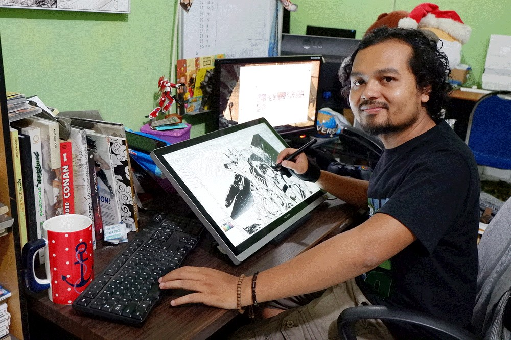 Hendry Prasetya lives his artistic life to the fullest