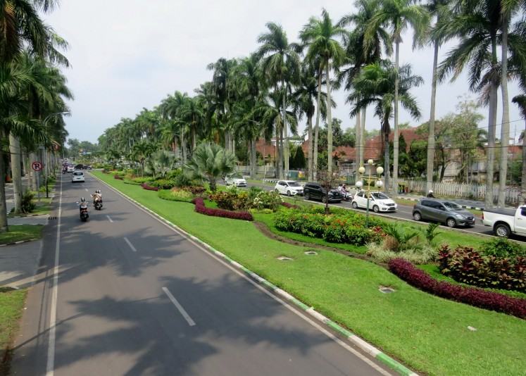 Ijen Boulevard was originally designed as an environmentally friendly housing plan.
