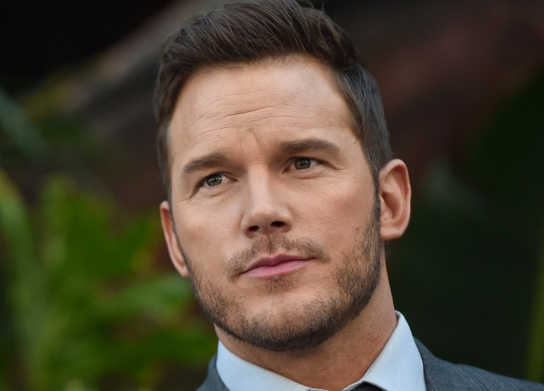 'Avengers' stars defend Chris Pratt after he was voted 'Worst Hollywood Chris' on Twitter