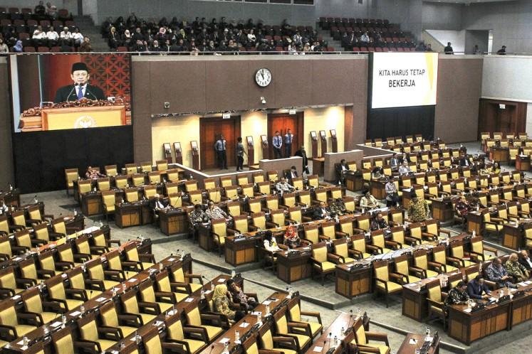 Jakarta riot: House of Representatives compound closes gates
