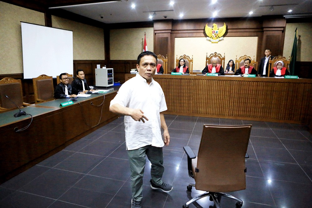 At Aceh governor trial, spotlight shifts to extramarital affair