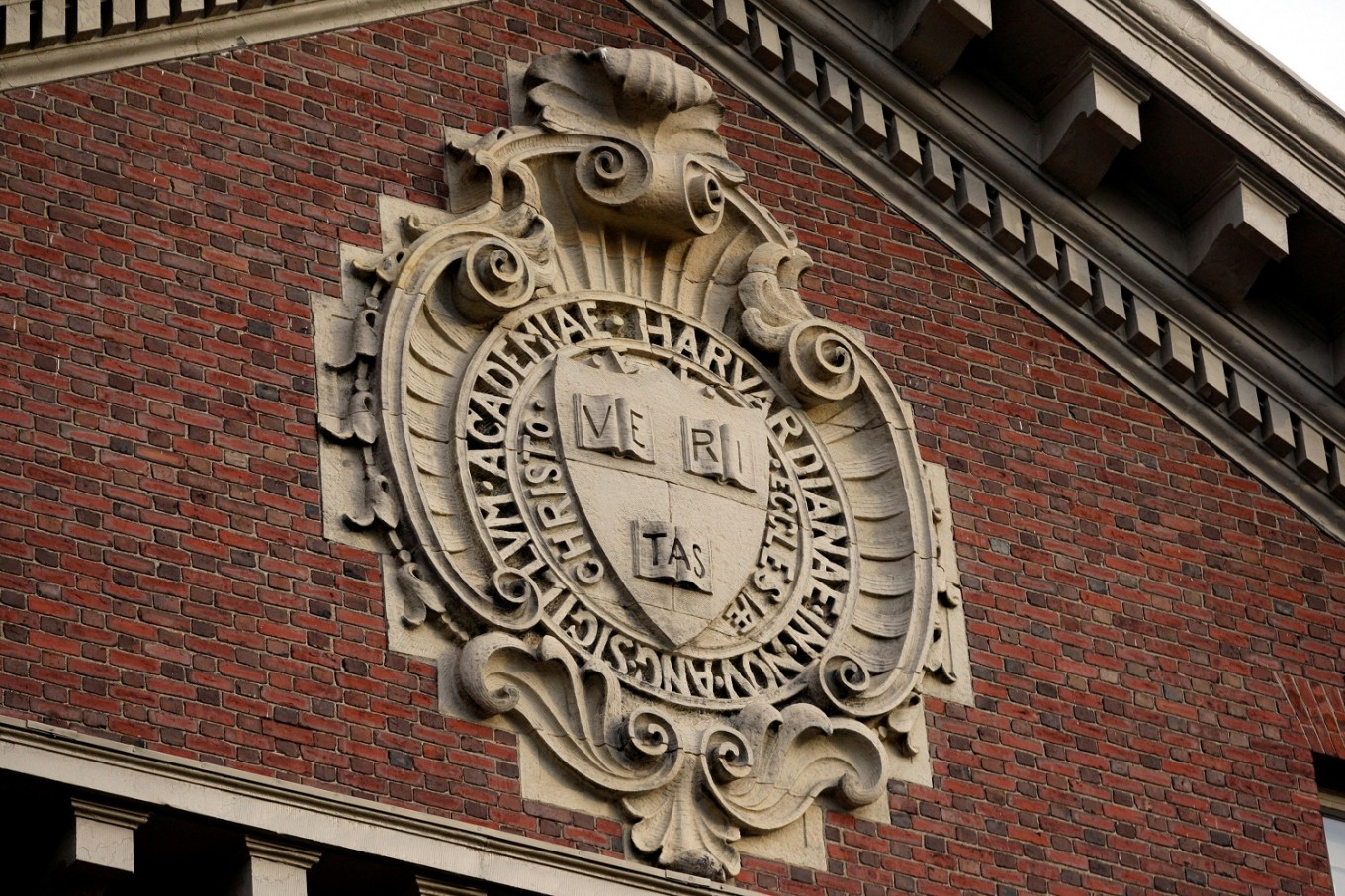 First black woman to lead Harvard newspaper