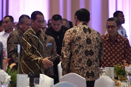 Jokowi wants fewer regulations for a quick-thinking government