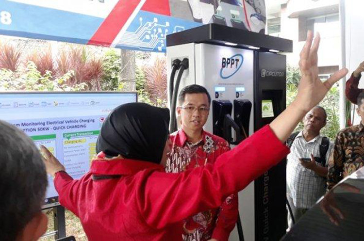Indonesia makes small steps in electric vehicle program