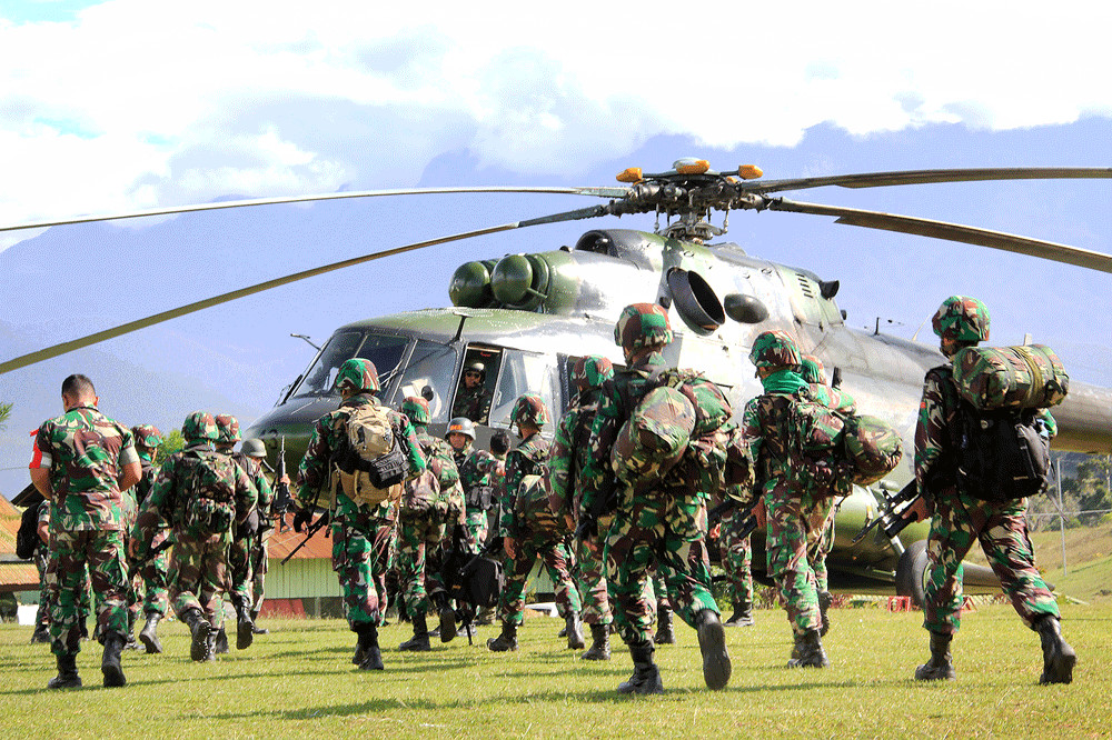 TNI denies explosive use during rescue after Papua shootings