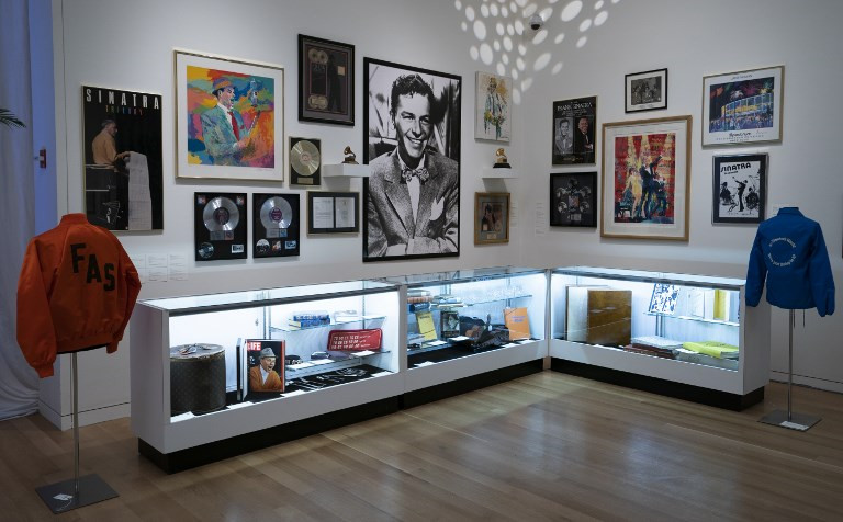 Sinatra memorabilia, jewelry on sale in New York