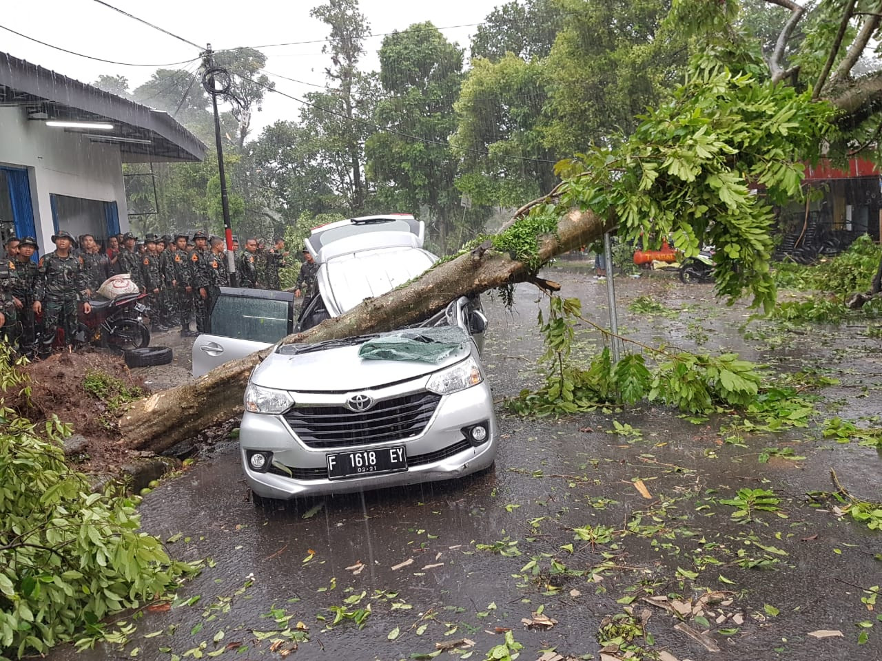 One dead, 850 houses damaged in Bogor tornado