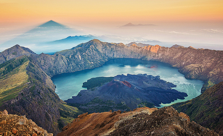 Walhi opposes plan to construct cable car around Mount Rinjani for MotoGP race