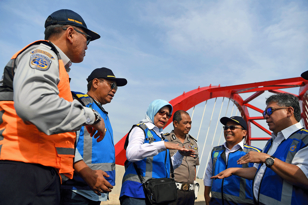 Jakarta-bound travellers from eastern Java break toll road traffic record