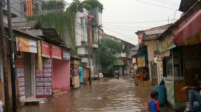 Brief heavy rains inundateSouth Jakarta areas