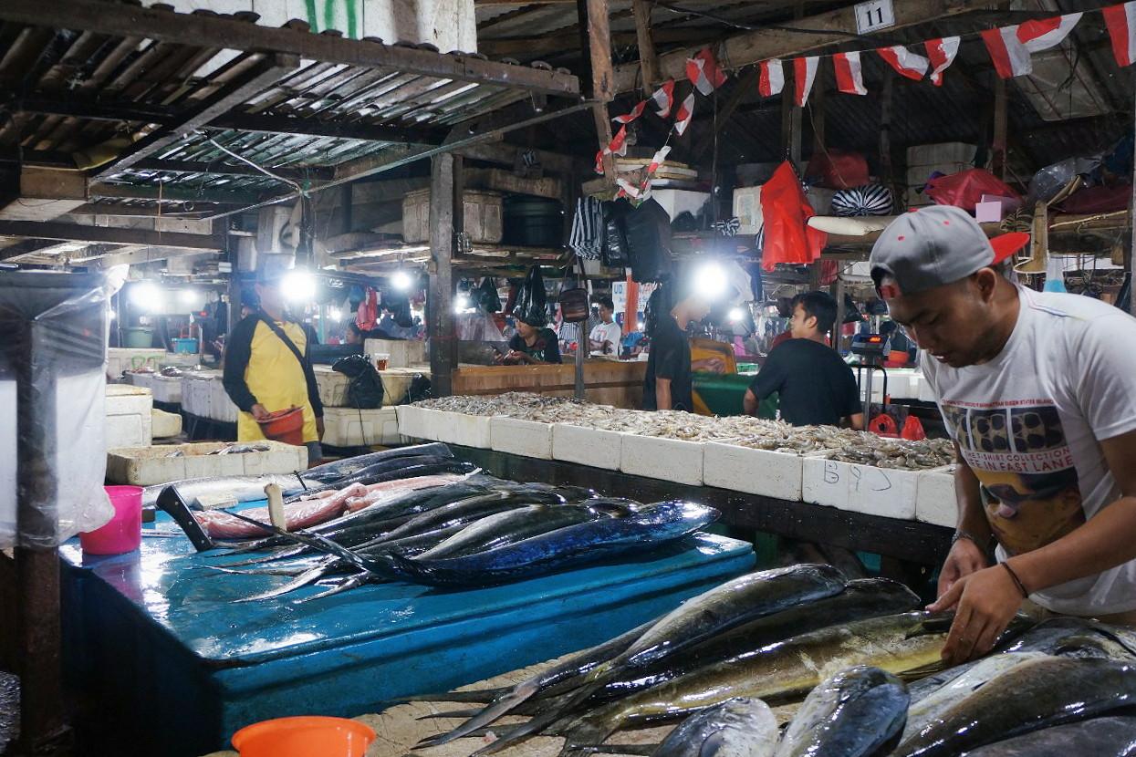 One morning at Kedonganan fish market.