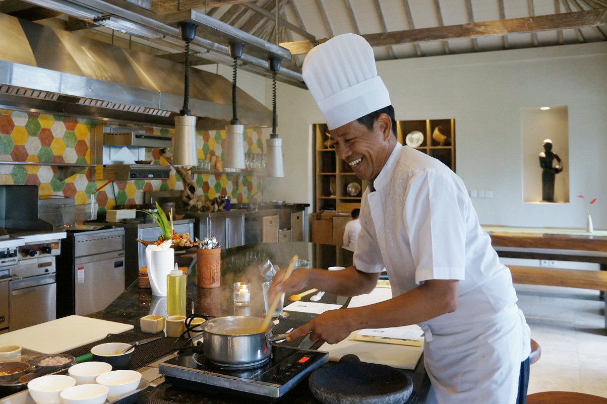 Chef Kris at the Jala cooking academy, Four Seasons Bali at Jimbaran bay.