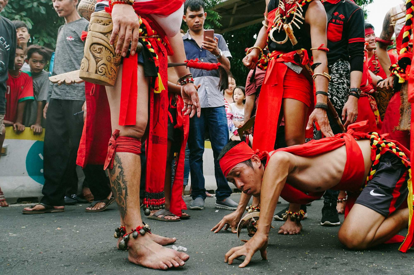 Indonesians of Chinese descent from the Dayak tribe, Kalimantan, join the parade. JP/Donny Fernando