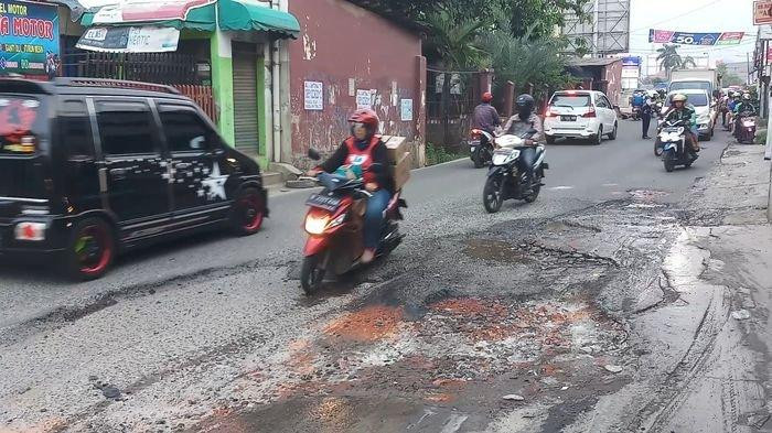 Bekasi allocates Rp 402 billion for road, river projects