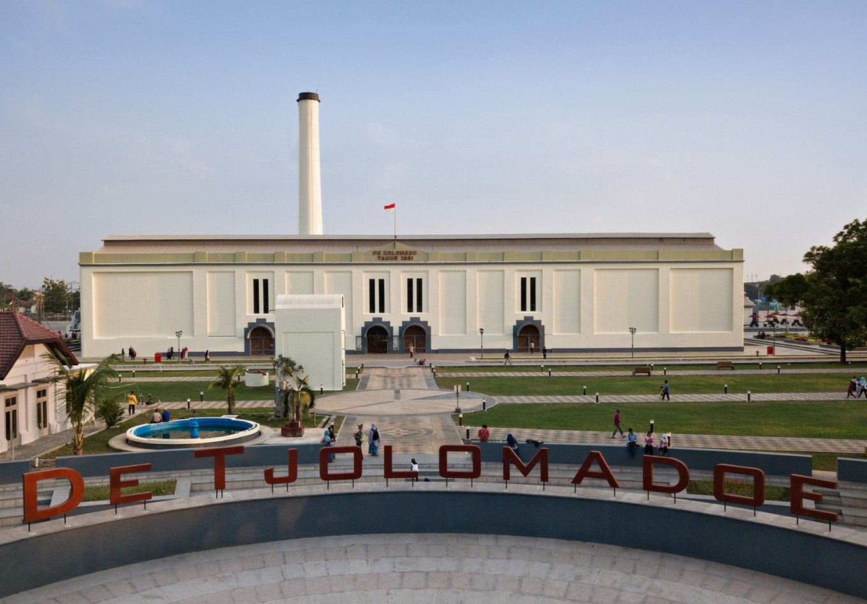 De Tjolomadoe Complex is a new tourist destination in Karanganyar regency, Central Java.