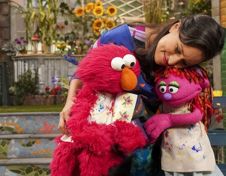 Homeless Muppet finds her place on Sesame Street