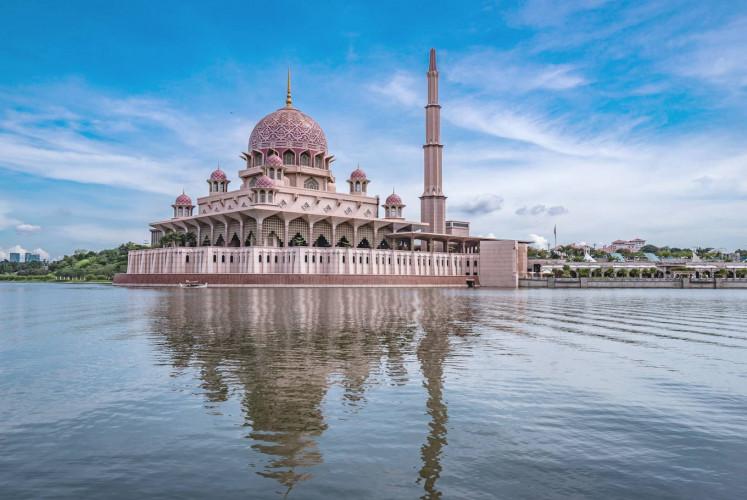 Putra Mosque or pink masjid in Putrajaya, Malaysia.