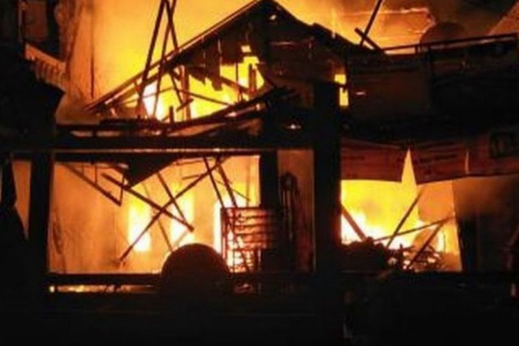 120 displaced by fire in Kemayoran