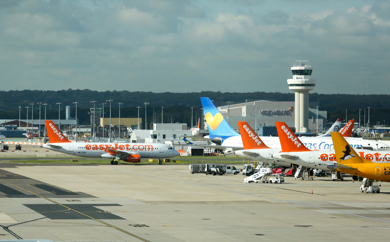 London's Gatwick airport sold to French Vinci conglomerate