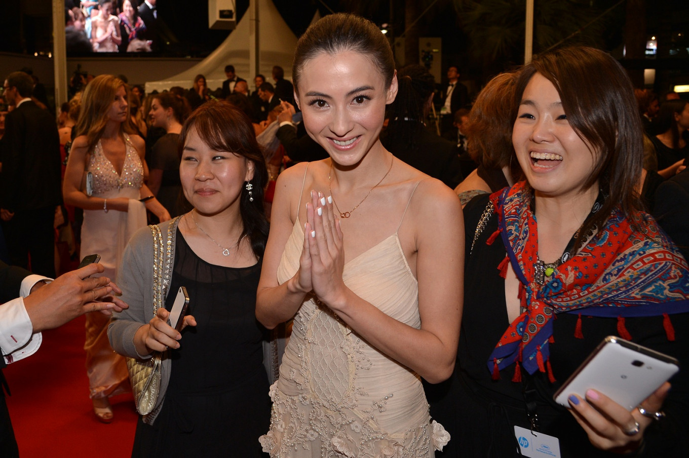 Hong Kong actress Cecilia Cheung sued for breach of contract