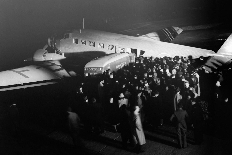 100 years ago, airmail took flight