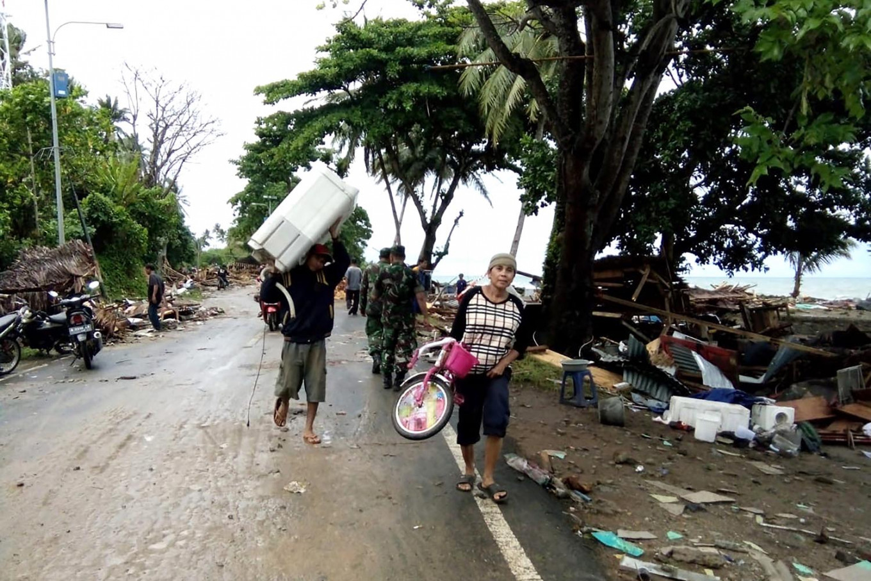 Dangdut singer among victims of Sunda Strait tsunami