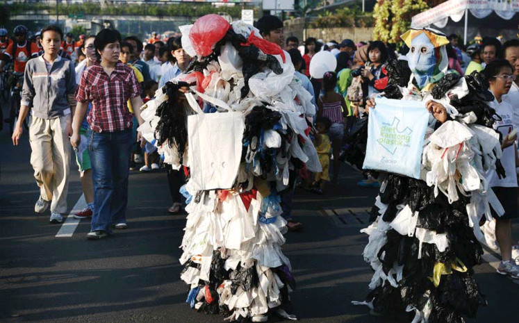 Government drafts industrial change road map to reduce plastic waste
