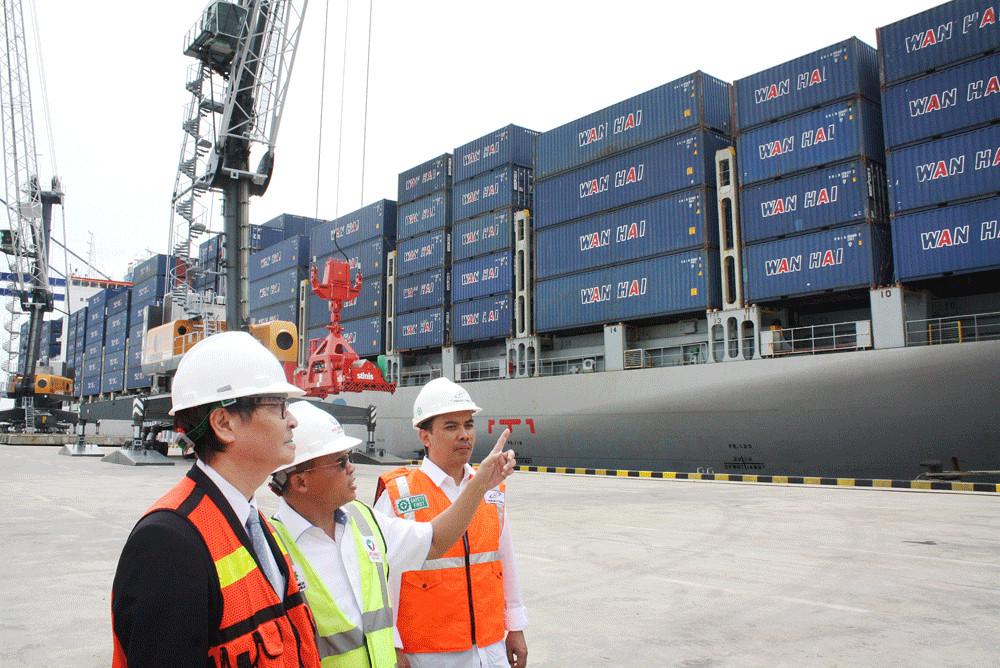 North Sumatra's Kuala Tanjung seaport enjoys increased traffic despite pandemic